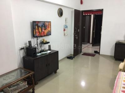 Gallery Cover Image of 700 Sq.ft 2 BHK Apartment for rent in Kurla East for 35000