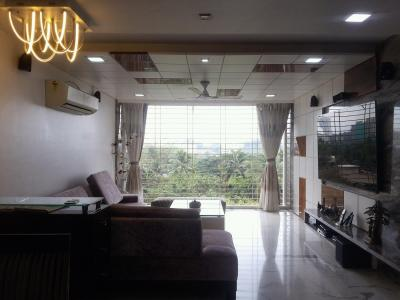 Gallery Cover Image of 1450 Sq.ft 4 BHK Apartment for buy in Prabhadevi for 70000000