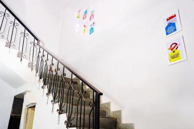 Staircase Image of Oyo Campus Del1814 Katwaria Sarai (males Only) in Katwaria Sarai