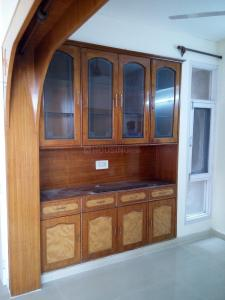 Gallery Cover Image of 1600 Sq.ft 3 BHK Apartment for rent in Sector 9 Dwarka for 27000