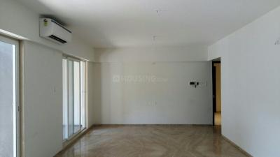 Gallery Cover Image of 1850 Sq.ft 3 BHK Apartment for rent in Aundh for 30000
