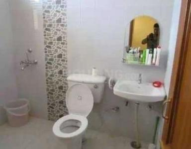 Bathroom Image of Lather PG in Sector 23