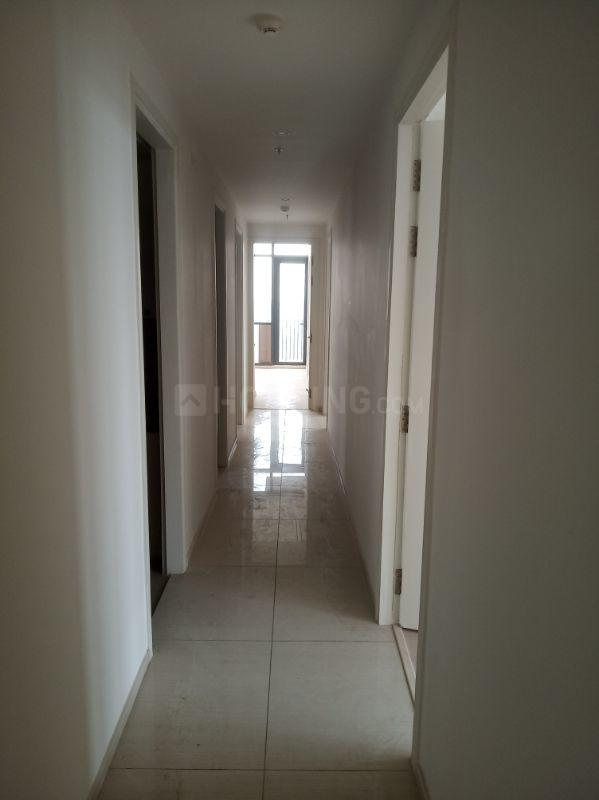 Passage Image of 2806 Sq.ft 4 BHK Apartment for rent in Ireo Skyon, Sector 60 for 60000