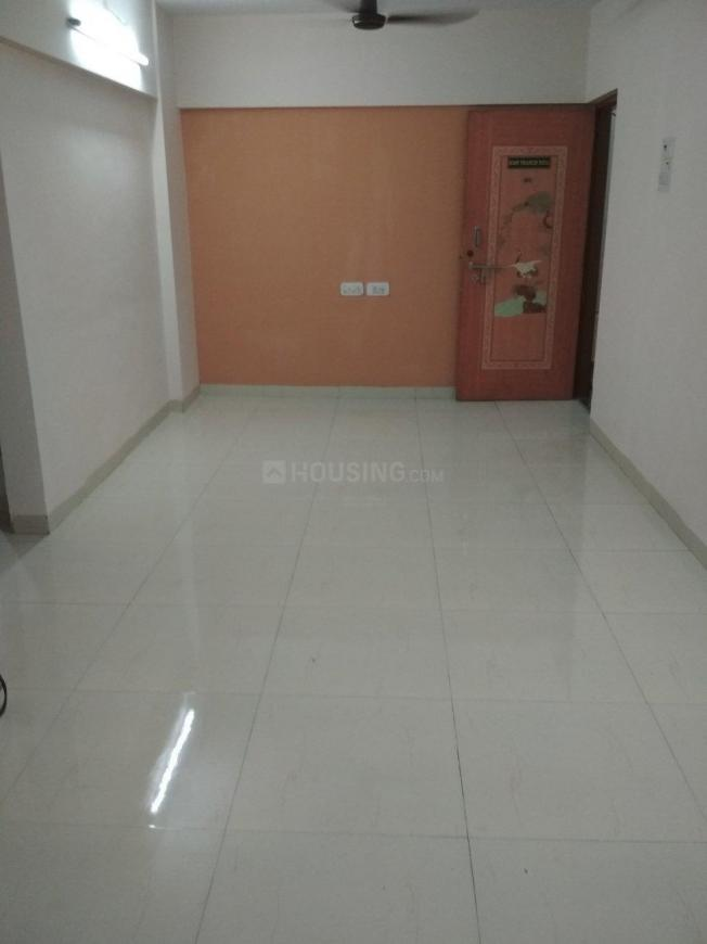 Living Room Image of 650 Sq.ft 1 BHK Apartment for rent in Sion for 31000