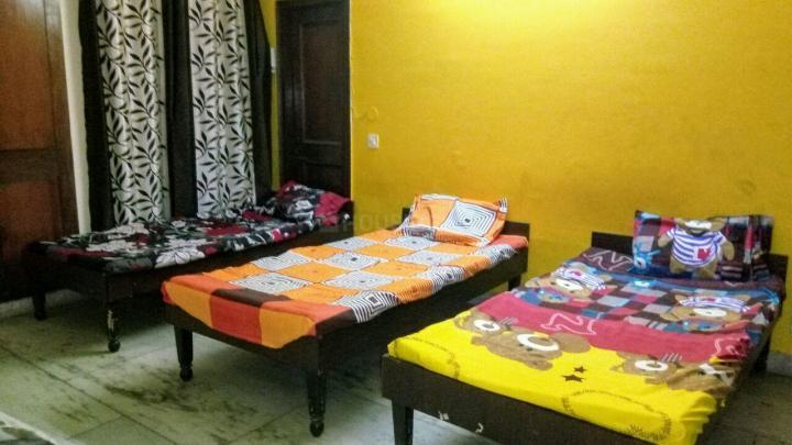 दुर्गा पीजी इन सेक्टर 49 के बेडरूम की तस्वीर