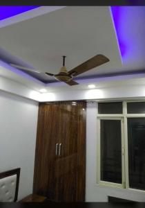 Gallery Cover Image of 1390 Sq.ft 3 BHK Apartment for rent in Ridge Residency, Sector 135 for 15000