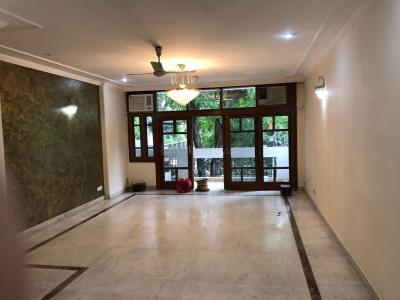 Gallery Cover Image of 2700 Sq.ft 3 BHK Independent Floor for rent in South Extension II for 90000