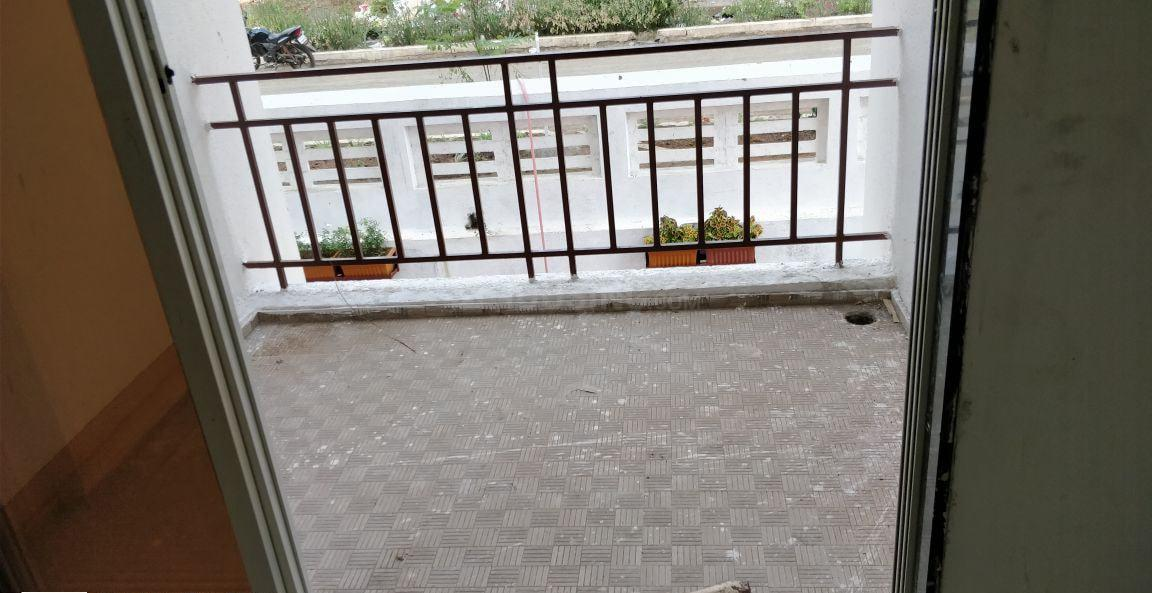 Balcony Image of 640 Sq.ft 1 BHK Apartment for rent in Greater Khanda for 10000