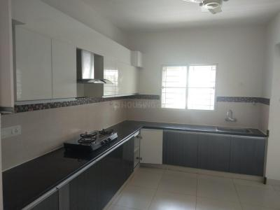 Gallery Cover Image of 2100 Sq.ft 3 BHK Apartment for rent in Adyar for 70000