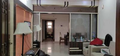 Gallery Cover Image of 2500 Sq.ft 3 BHK Apartment for rent in Gajularamaram for 35000