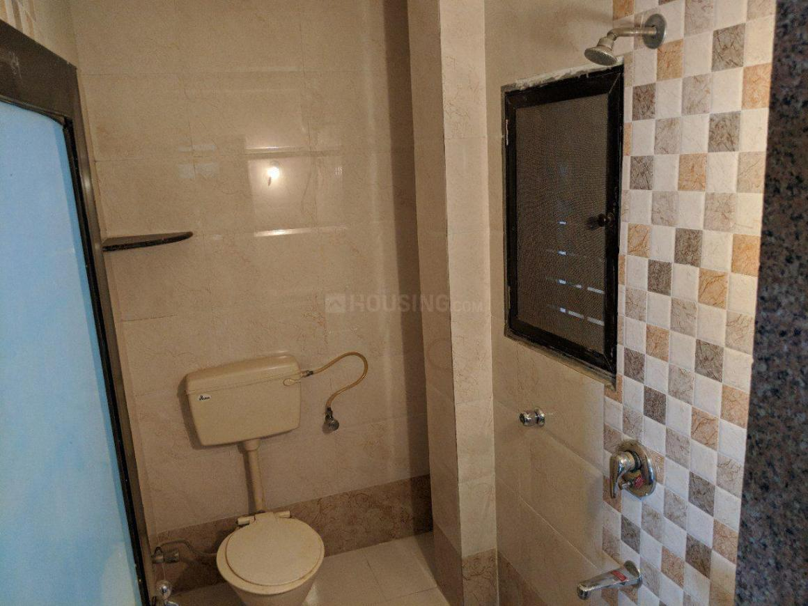 Common Bathroom Image of 650 Sq.ft 1 BHK Apartment for rent in New Panvel East for 9500