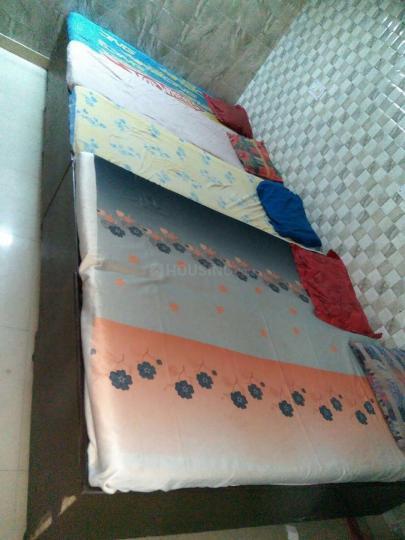 लक्ष्मी नगर में तिरुपति बालाजी बॉइज़ में बेडरूम की तस्वीर