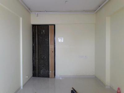 Gallery Cover Image of 840 Sq.ft 2 BHK Apartment for buy in Kalyan West for 5000000