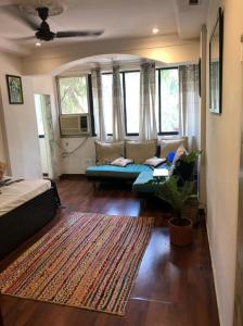 Gallery Cover Image of 500 Sq.ft 1 BHK Apartment for rent in Carter Apartment, Bandra West for 50000