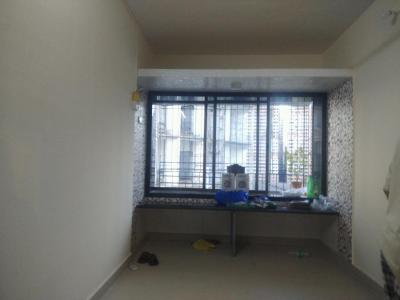 Gallery Cover Image of 480 Sq.ft 1 BHK Apartment for rent in Piramal Mahalaxmi, Worli for 23000