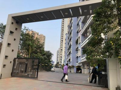 Gallery Cover Image of 926 Sq.ft 2 BHK Apartment for rent in Kasarvadavali, Thane West for 25000