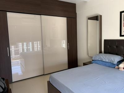 Gallery Cover Image of 605 Sq.ft 1 BHK Apartment for rent in Kandivali East for 22000