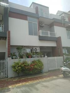 Gallery Cover Image of 2000 Sq.ft 3 BHK Independent House for buy in Nipania for 11500000