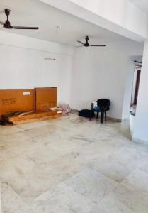 Gallery Cover Image of 1200 Sq.ft 2 BHK Apartment for rent in Lake Gardens for 25000