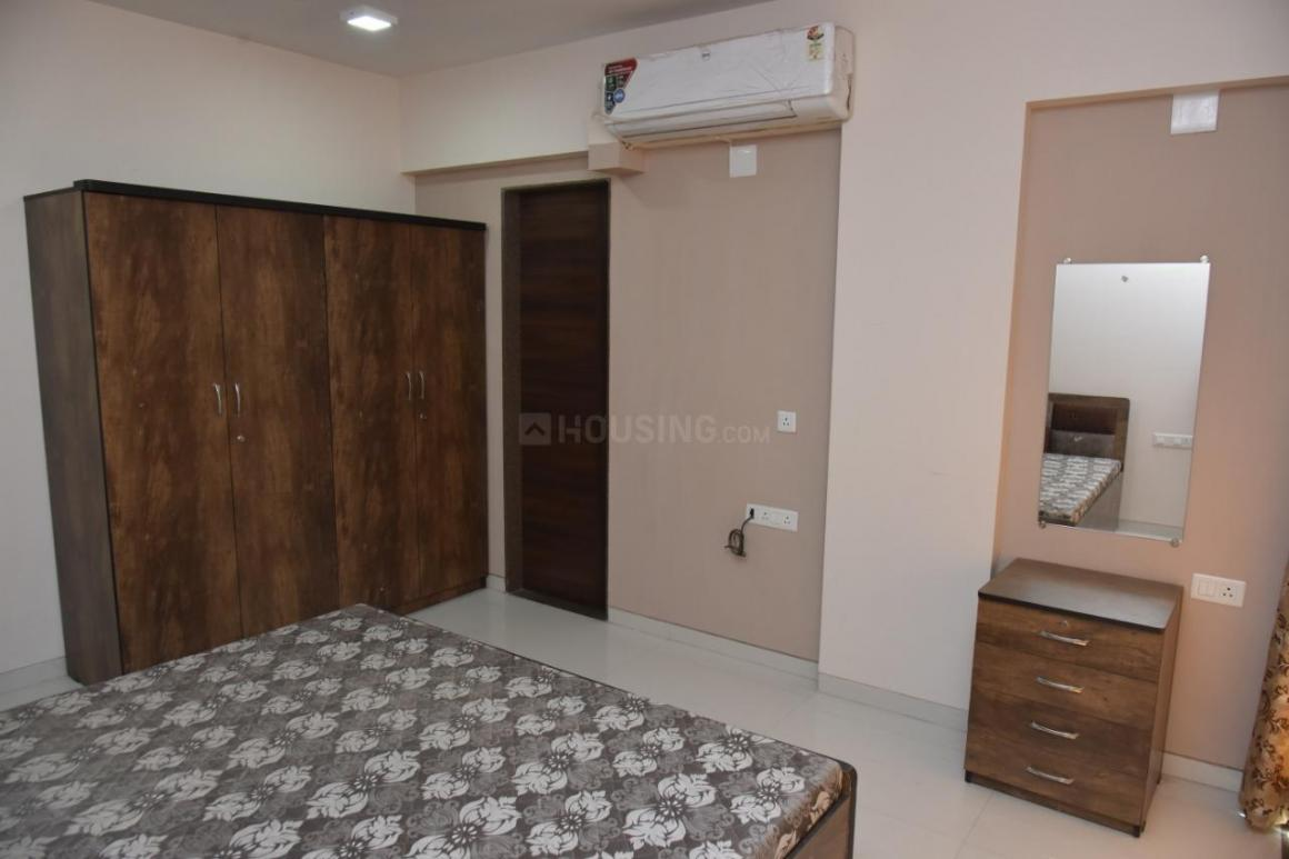 Bedroom Image of 1800 Sq.ft 3 BHK Apartment for rent in Chandkheda for 15000