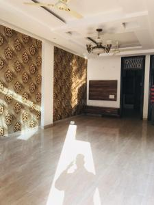Gallery Cover Image of 850 Sq.ft 2 BHK Independent Floor for buy in Vasundhara for 3700000