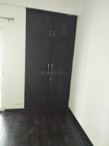 Gallery Cover Image of 915 Sq.ft 2 BHK Apartment for rent in Panchsheel Greens 2, Noida Extension for 7500