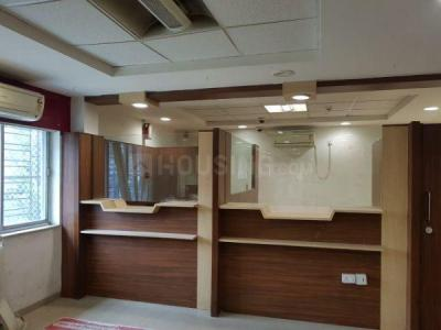 Gallery Cover Image of 2300 Sq.ft 5 BHK Independent Floor for rent in Beliaghata for 200000