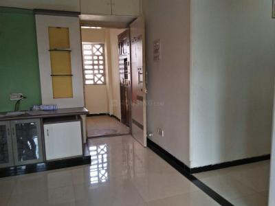 Gallery Cover Image of 815 Sq.ft 2 BHK Apartment for buy in Dahisar East for 12500000