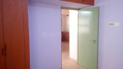 Gallery Cover Image of 950 Sq.ft 2 BHK Independent House for rent in shivakala apartment, Velachery for 15000