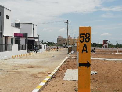 Gallery Cover Image of  Sq.ft Residential Plot for buy in Poonamallee for 2904000
