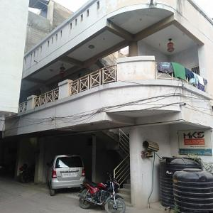 Gallery Cover Image of 1900 Sq.ft 2 BHK Independent House for buy in Hadapsar for 8500000