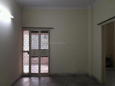 Gallery Cover Image of 760 Sq.ft 2 BHK Apartment for rent in Ekdant Shipra Regent and Regal, Shipra Suncity for 10000