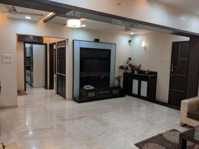Gallery Cover Image of 2500 Sq.ft 3 BHK Apartment for rent in Andheri West for 100000