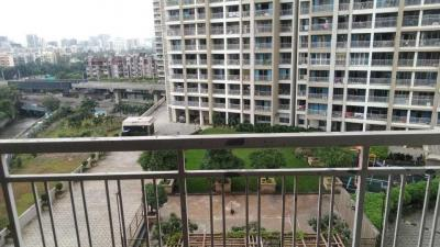 Gallery Cover Image of 1350 Sq.ft 3 BHK Apartment for buy in Kesar Ashish Tower, Kandivali West for 35000000