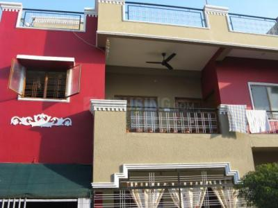Gallery Cover Image of 804 Sq.ft 1 BHK Independent Floor for rent in Sector 7 for 8500