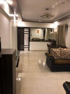 Gallery Cover Image of 900 Sq.ft 2 BHK Apartment for buy in Om Sai, Andheri East for 18000000