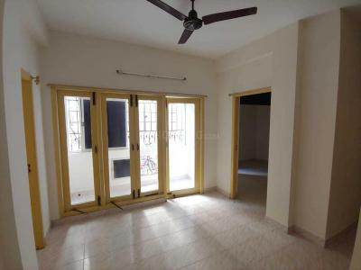 Gallery Cover Image of 890 Sq.ft 2 BHK Apartment for buy in Velachery for 6500000