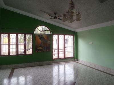Gallery Cover Image of 2200 Sq.ft 4 BHK Independent Floor for rent in Rajajinagar for 30000