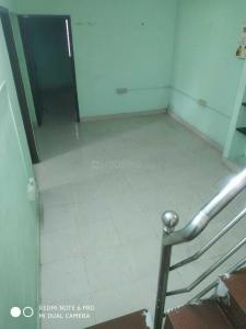 Gallery Cover Image of 800 Sq.ft 2 BHK Apartment for rent in Virugambakkam for 15000