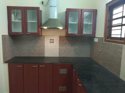 Gallery Cover Image of 1250 Sq.ft 2 BHK Apartment for rent in Vadapalani for 24000
