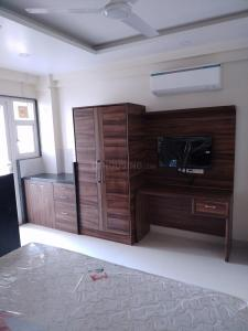 Gallery Cover Image of 4500 Sq.ft 10 BHK Independent House for rent in Sector 38 for 300000