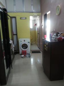 Gallery Cover Image of 800 Sq.ft 1 BHK Apartment for buy in Navjeevan Society, Chembur for 10000000