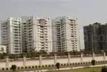 Gallery Cover Image of 1350 Sq.ft 2 BHK Apartment for rent in Ramprastha Zen Spire, Vaishali for 22000