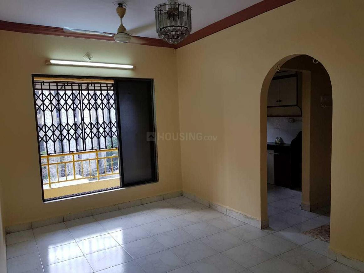 Living Room Image of 750 Sq.ft 2 BHK Apartment for rent in Mira Road East for 17000