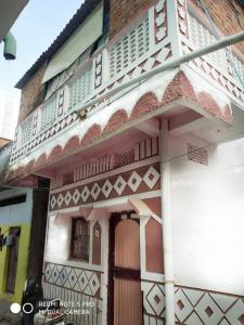 Gallery Cover Image of 900 Sq.ft 2 BHK Independent House for buy in Radha Krishna Puram for 1300000