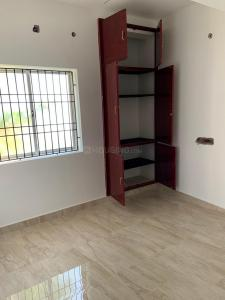 Gallery Cover Image of 950 Sq.ft 2 BHK Apartment for rent in Maduravoyal for 15000