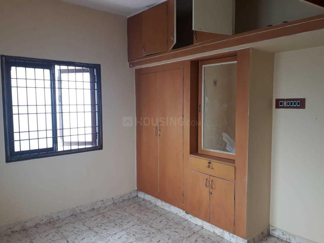 Bedroom Image of 1250 Sq.ft 3 BHK Apartment for rent in Padi for 17000