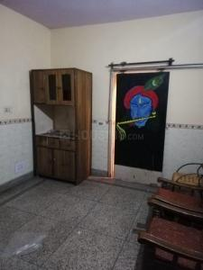 Gallery Cover Image of 150 Sq.ft 1 RK Independent Floor for rent in Sector 8 Rohini for 7300
