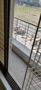 Gallery Cover Image of 1040 Sq.ft 2 BHK Apartment for rent in Mira Road East for 22000