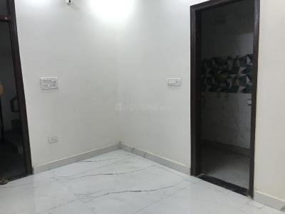 Gallery Cover Image of 450 Sq.ft 1 BHK Independent Floor for buy in Govindpuri for 1550000